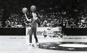 1980_sean-miller-halftime-performance