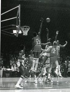 1981_pat-ewing-block
